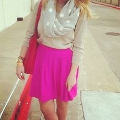 obsessed with this hot pink skirt and scarf Spring Summer Fashion, Autumn Winter Fashion, Winter Style, Pretty Outfits, Cute Outfits, Fashionable Outfits, Hot Pink Skirt, Southern Fashion, Preppy Style