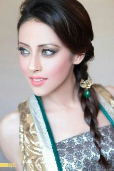 "Ainy jaffri...famous for her role in ""Meri behn maya"" as Maya!!!"