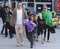 Angelina Jolie e Brad Pitt: 'Niente tatuaggi per i nostri sei figli'