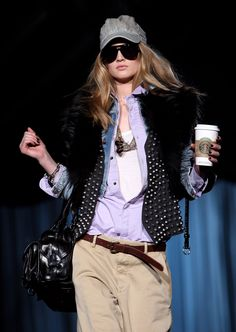How To Get Dressed Faster Every Morning: 5 Major Time Saving Tips