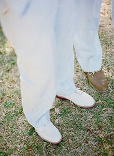 love these sharp white bucks | photo by Melissa Schollaert | See more about Seersucker, Zapatos and Ties.