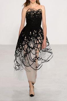 Oscar de la Renta - Appliquéd Tulle And Tweed Gown - Black