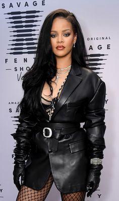 Rihanna Mode, Rihanna Style, Rihanna Fenty, Rihanna Fashion, Rihanna Outfits, Look Fashion, Fashion Brand, Fashion Show, Fashion News