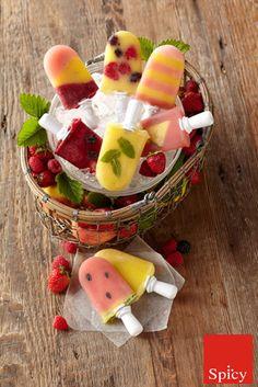 Refresque-se nesse verão! Adquira hoje mesmo a máquina de sorvetes Zoku e prepare em casa sorvetes personalizados. Diferente de outras máquinas de sorvetes disponíveis no mercado, a Zoku oferece opções tradicionais ou a criação de sabores do seu jeito, divirta-se com a Zoku! http://www.spicy.com.br/ProdutosResultadoBusca.aspx?qsOpcao=SE=zoku