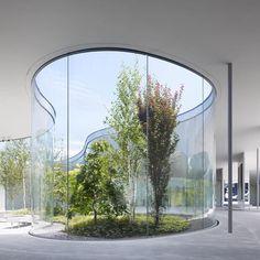 """【rujapantravel】さんのInstagramをピンしています。 《Галерея современного искусства """"Hiroshi Senju Museum Karuizawa"""" (Nagano, Japan)   Галерея Hiroshi Senju Museum освещает слияние природы , искусства и архитектуры  Для достижения этой концепции, были привлечены к сотрудничеству ведущие японские художники и архитекторы... #выставка #искусство #картины #галлерея #влесу #Нагано #nagano #лес #karuizawa #japan #軽井沢 #森 #日本 #panda #japantravel #travel #осень #лес #秋 #美術館 #軽井沢千住博美術館 #美術 #ギャラリー #gallery #artmuseum…"""
