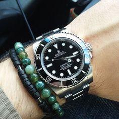#rolex #submariner #114060 #nodate #ceramic #oyster #bracelet #green #singularstraps #wristshot #wotd #womw #instawatch #instawatches #klocksnack #tidssonen @singularstraps /sandekkk