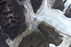 Glacier Bernardo. Campo Patagónico Hielo Sur. Chile. es.wikipeda.org