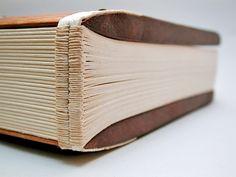 [SPAM] * ¡Hola, Biblioteca Son Lledo UIB! No te pierdas estos Pines...
