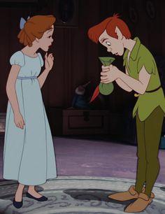 Peter Pan movie by Walt Disney. Walt Disney, Disney Couples, Disney Love, Disney Magic, Peter Pan And Tinkerbell, Peter Pan Disney, Tinkerbell Disney, Disney And Dreamworks, Disney Pixar