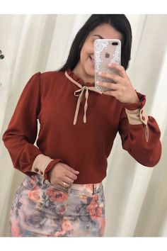 Blusa+Nude+de+Amor Bell Sleeves, Bell Sleeve Top, Ideias Fashion, Women, Amor, Outfits, Blouse, Woman