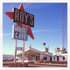 On the road to #PalmSprings for a #photoshoot and got to capture this time capsule of a motel. #Roys Motel and Cafe