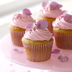 Rose Petal Cupcakes: The only thing better than fresh roses are roses you can eat—or at least the petals! Frosting aficionados, this is the recipe for you. Click through to discover more sweet and easy cupcake recipes to make from scratch. Petal Cupcakes, Fun Cupcakes, Cupcake Cakes, Cup Cakes, Butterfly Cupcakes, Buttercream Cupcakes, Pink Cakes, Valentine Day Cupcakes, Valentines Day Desserts