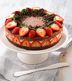 Kakeoppskrifter | Freia Hjemmekonditori What To Cook, Acai Bowl, Cheesecake, Food And Drink, Baking, Breakfast, Desserts, Cakes, What's Cooking