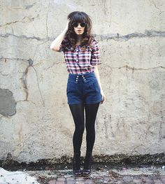 Dear Creatures Plaid Shirt With Collar, Topshop High Waisted Shorts, Tights, Dr. Martens Doc Martens With Heel, Http://Www.Jaglever.Com, Ray Ban Vintage Glasses