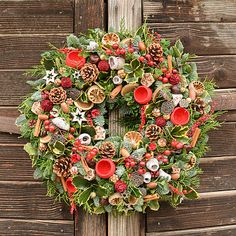 Hydrangea / Vianočný veniec zo živej čečiny (XL) Floral Wreath, Wreaths, Home Decor, Floral Crown, Decoration Home, Door Wreaths, Room Decor, Deco Mesh Wreaths, Home Interior Design