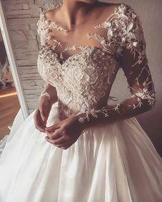 Prenses, Uzun Kollu, Dantelli ve Tafta Gelinlik Modeli M-2317 Long Sleeve Wedding, Wedding Dress Sleeves, Lace Weddings, Lace Wedding Dress