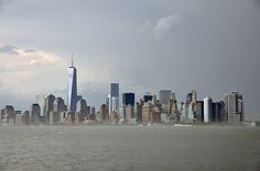 Meine Top 3 Sehenswürdigkeiten in New York New York ist nicht nur eine der bekanntesten sondern definitiv auch eine der coolsten Städte auf diesem Planeten. Ich hatte das Glück schon öfters in dieser Metropole gewesen zu sein und dennoch freue ich mich jedes Mal, in den Big Apple zurückzukehren. Im Mai 2014 war es wieder …