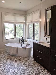 Master Bathroom #upscaleboho #encaustictile #graphitefaucet #wovenwoodshades #arcturusstudio #arcturusstudiointeriordesign Studio Interior, Interior Design, Corner Bathtub, Master Bathroom, Nest Design, Home Interior Design, Corner Tub, Interior Designing, Home Decor