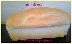 Après la recette du pain de mie au thermomix (recette en cliquant dessus) voici la recette du pain de mie au kitchenaid. Pour être franche avec vous je préfère cette version ce pain de mie est à tomber parterre. IL est d'un moelleux avec une légère croute...