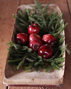 Want to know more about DIY Christmas Decorations Christmas Feeling, Scandinavian Christmas, Country Christmas, Simple Christmas, Christmas 2019, Winter Christmas, Handmade Christmas, Xmas, Navidad Simple