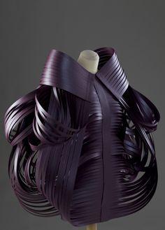 origami morana kranjec london fashion week fashion - The level of complexity found in Morana Kranjec's folded fashions appear to defy logic. Paper Fashion, Origami Fashion, 3d Fashion, Fashion Details, Fashion Design, Fashion Styles, London Fashion Weeks, Mode Origami, Conceptual Fashion