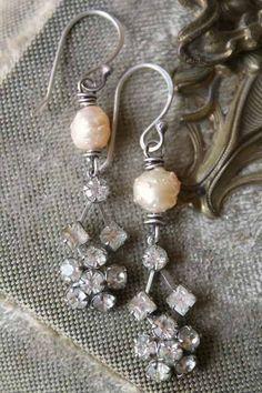❥ handmade drusy pearl and rhinestones earrings