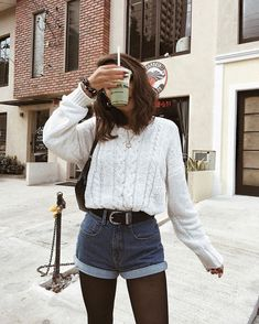 Looks chic para cenar con tus suegros en Navidad fall outfits for teen girls dinner outfit work Winter Fashion Outfits, Spring Outfits, Autumn Fashion, Cute Casual Outfits, Outfits For Teens, Work Outfits, Teenage Outfits, Denim Outfits, Outfit Work