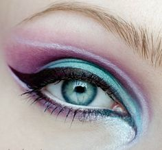 The Best Eyeshadow for Blue Eyes