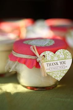 How to make mason jar candles for wedding favours, bridal showers, baby showers and other events for a memorable gift for guests.