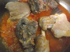 Hellena ...din bucataria mea...: Carne de capra cu varza murata Pork, Chicken, Meat, Pork Roulade, Pigs, Pork Chops, Buffalo Chicken