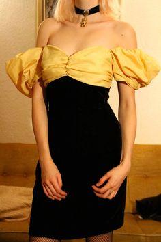 Samt 80er Jahre Prom Cocktail Puff Ärmel Schulter frei Vintage Kleid