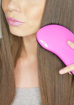Whether it's curly, straight, or somewhere in between, tangled hair is painful. Smooth things out with a detangler brush designed for wet or dry hair. Celebrity Hairstyles, Cool Hairstyles, Tangled Hair, Detangling Brush, Diy Skin Care, About Hair, Dry Hair, Brush Set, Hair Hacks