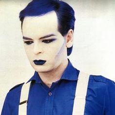 "lipstick-glam-and-glitter: ""Gary Numan - from the ""Berserker"" photoshoot, 1984 "" Thompson Twins, New Wave Music, Gary Numan, Stranger Things Steve, Glam And Glitter, New Romantics, Boy George, Light Of My Life, Post Punk"