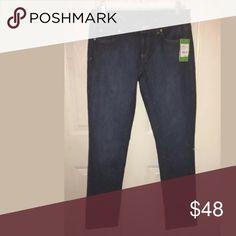 Lilly Pulitzer Aida indigo denim size 4 Nwt Lilly symbol on rear pockets Lilly Pulitzer Jeans Skinny