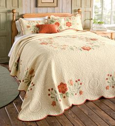 Gabriella Quilted Bedspread With Floral Applique Detailing