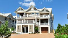 Twiddy Outer Banks Vacation Home - Here Comes the Sun - Corolla - Oceanfront - 10 Bedrooms
