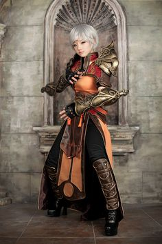Perfect Monk Cosplay from Diablo 3!