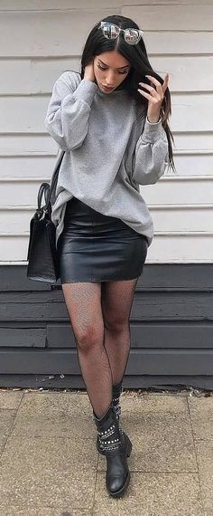 black and grey outfit : sweatshirt + leather skirt + bag + boots