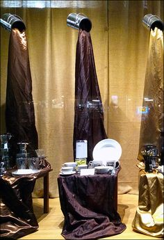 How To Window Dress A Hardware Store – Fixtures Close Up Window Display Retail, Window Display Design, Retail Store Design, Retail Stores, Visual Merchandising Displays, Store Displays, Retail Displays, Window Graphics, Diy Store