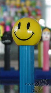 Smiley Pez Dispenser - Blue