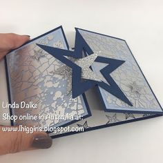 weihnachten karten Video Tutorial: So Many Stars Interlocking Gatefold card Fancy Fold Cards, Folded Cards, Diy Christmas Cards, Holiday Cards, Homemade Christmas, Christmas Crafts, Origami, Star Cards, Card Making Techniques