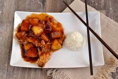 La touche chinoise de cette recette transforme des traditionnelles côtes de porc en quelque chose de très original! Pour 4 personnes (inspirée d'une recette de B.Parodi) 4 côtes de porc 5 cuillères à soupe de sauce soja 3/4 tranches d'ananas 3 cuillères...