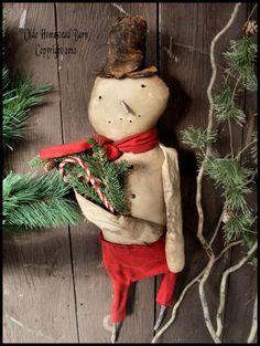snowman with pine. Christmas Past, Primitive Christmas, Outdoor Christmas, Christmas Snowman, Rustic Christmas, Christmas Crafts, Christmas Ornaments, Magazine Crafts, Primitive Patterns