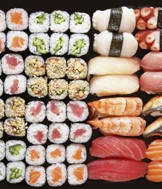 Japanese Diet for Fat Burning - Maki? – Sushi selber machen Japanese Diet for Fat Burning - Discover the World's First and Only Carb Cycling Diet That INSTANTLY Flips ON Your Body's Fat-Burning Switch Sushi Recipes, Asian Recipes, Sushi Comida, Sushi Donuts, Sushi Burger, Japanese Diet, Sushi Love, Tasty, Yummy Food