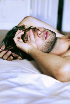 Image via We Heart It #beard #bed #boy #eyes #good #goodmorning #guy #handsome #lips #morning #sexy #sleep #sleeping #wakeup