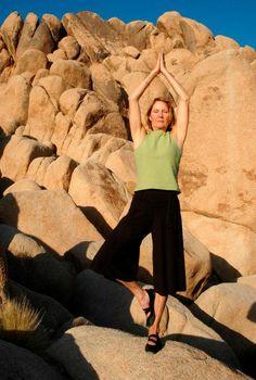 Basic Yoga Poses for Senior Citizens [Slideshow]