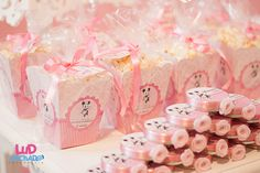 Pretty dainty Minnie Mouse favors #minniemouse #favors