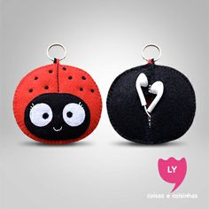 Case Headphone #joaninha #headphone #fonedeouvido #lycoisasecoisinhas Crafts To Sell, Diy And Crafts, Crafts For Kids, Arts And Crafts, Felt Diy, Felt Crafts, Fabric Crafts, Felt Patterns, Sewing Patterns