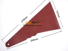 ■ツール名称:CR-134 フィルム施工道具 大型 自動車用 ソフトクイックフートスキージ レッド 高温度耐え 137mm先端幅 ■材料:プラスチック 250ー300℃に耐える ■サイズ:278×240×137mm ■重さ:70g このスキージは大きいサイズで大面積のウインドウフィルム貼りに最適です。 柔らかめの硬度ですき間のフィルムもしっかりと貼れます。 フィルムを傷つけずにきれいに仕上がります。