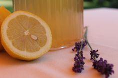cool lavender lemonade Lavender Lemonade, Lime, Yummy Food, Drink, Fruit, Cool Stuff, Cool Things, Delicious Food, The Fruit
